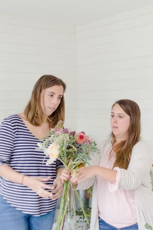 Floral-one-to-one-classes-florist-clairegraham Joannetruby-112