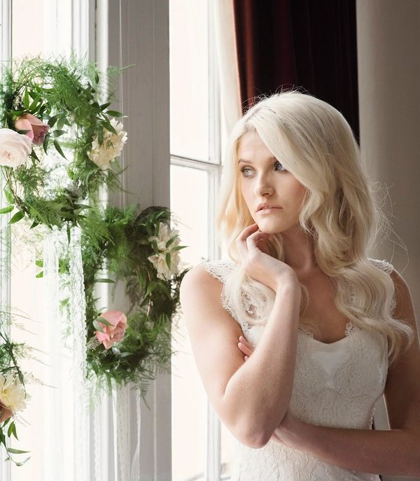 Modern Romance, inspiration Shoot with Hanging Foliage Hoops