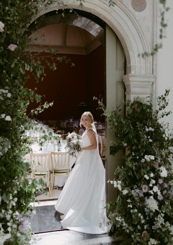 Tuscan meets Botanical Inspired Wedding at Hampton Court House