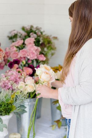 Floral-one-to-one-classes-florist-clairegraham Joannetruby-54