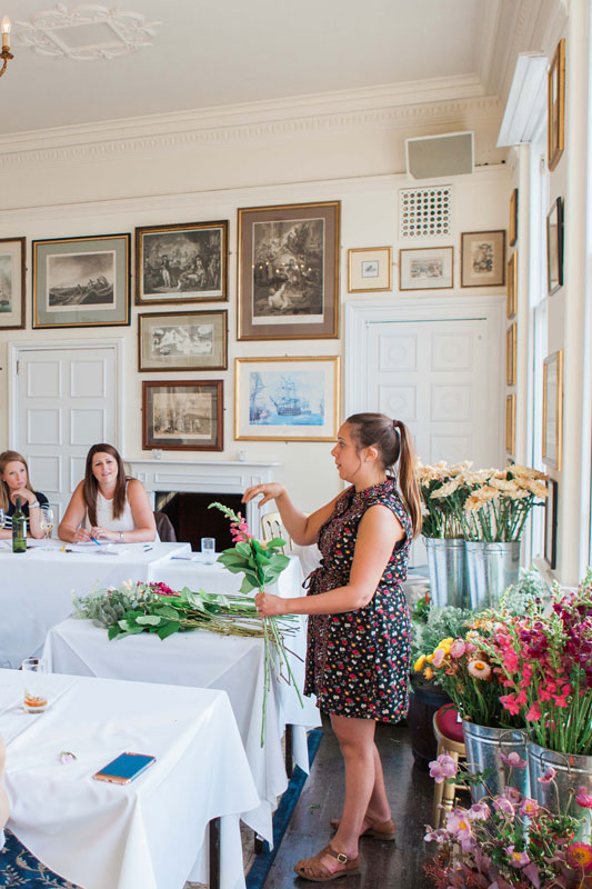 Flower Workshops and Floral Masterclasses by Joanne Truby