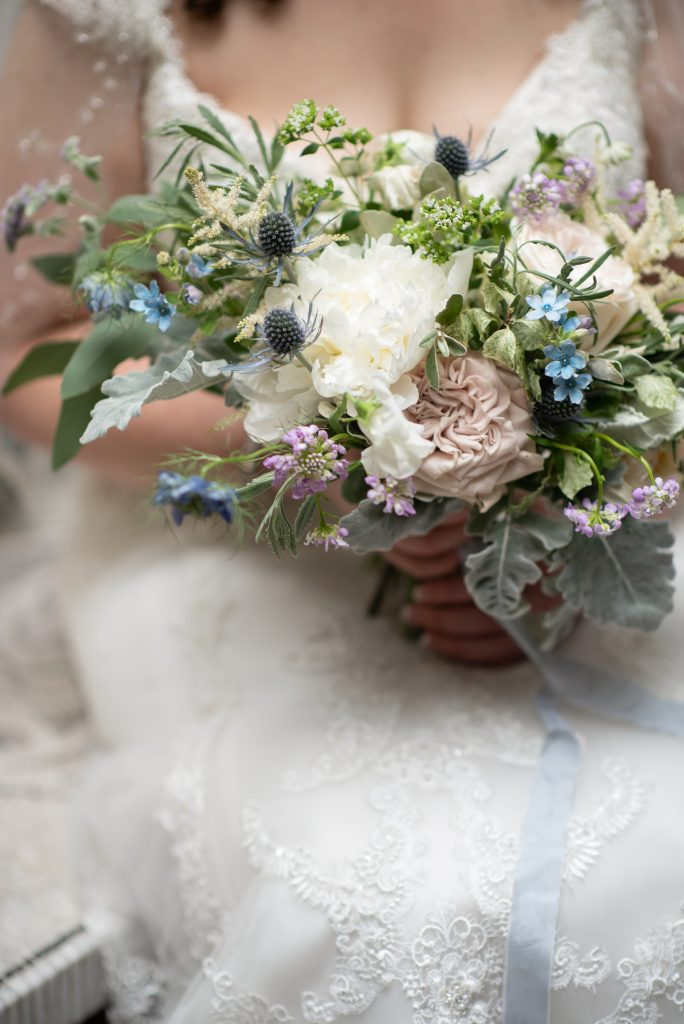 Intimate wedding in London with White & Blue Blooms