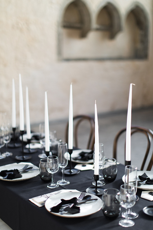 Black and white tablescape inspiration